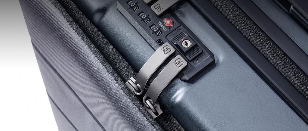 RunMi-90-Commercial-Suitcase-Titanium-Gray-205.jpg
