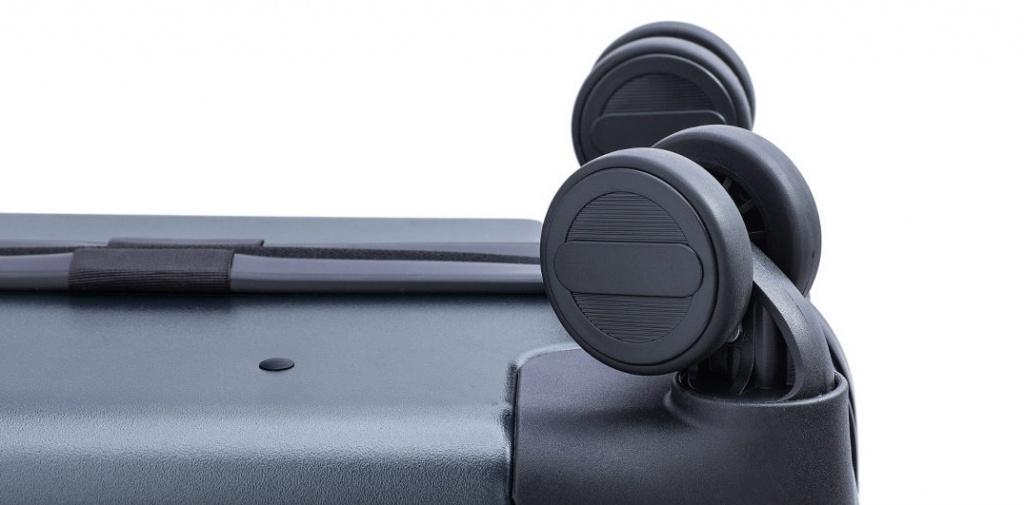 RunMi-90-Commercial-Suitcase-Titanium-Gray-213.jpg